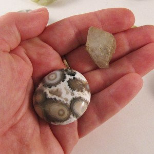 healing crystals pocket rocks ocean jasper